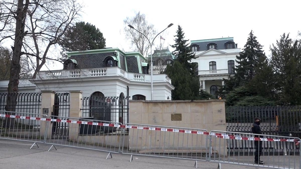 Okupace části Stromovky ze strany Ruska musí skončit, vyzvala vládu Praha