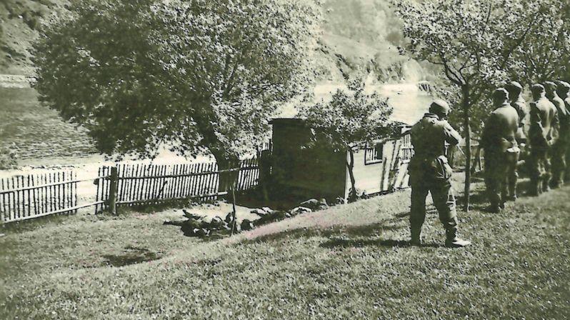 Farář vyfotil popravu na konci války