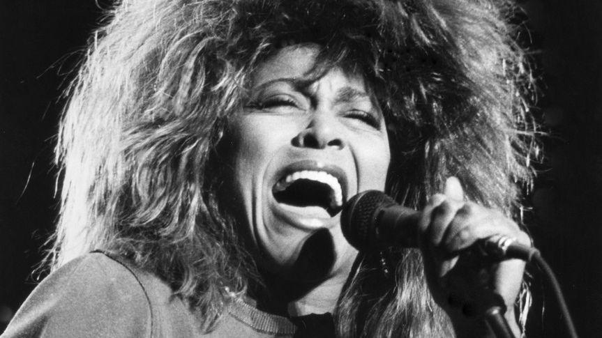 Tina Turner, Foo Fighters, Carole King i Kraftwerk vstoupí v říjnu do Rockové síně slávy