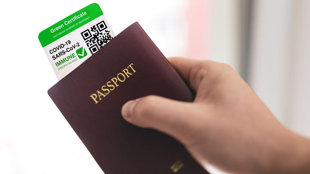 Covidové pasy: Jak a kde získat certifikát o očkování, testech či prodělání nemoci
