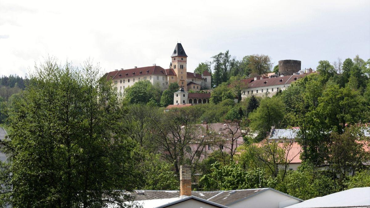 Sen o probuzení vimperského zámku se stal skutečností