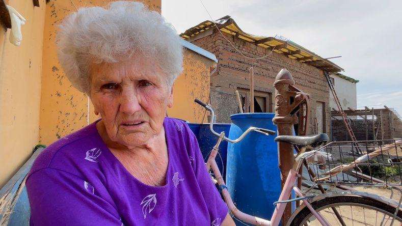 Dva dny úklidu a domov seniorky postižené tornádem je k nepoznání