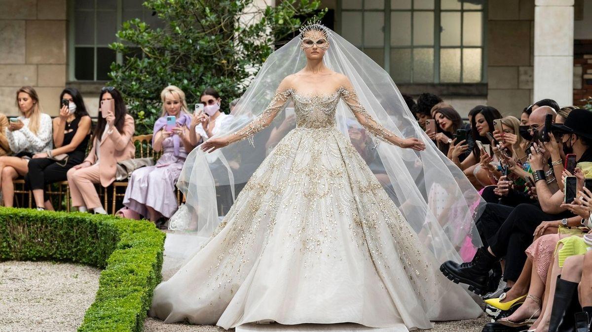Svatební šaty z dílen světoznámých módních návrhářů