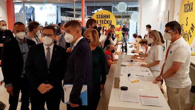 Očkovací centrum bez registrace v Brně spustilo pro velký zájem dřív
