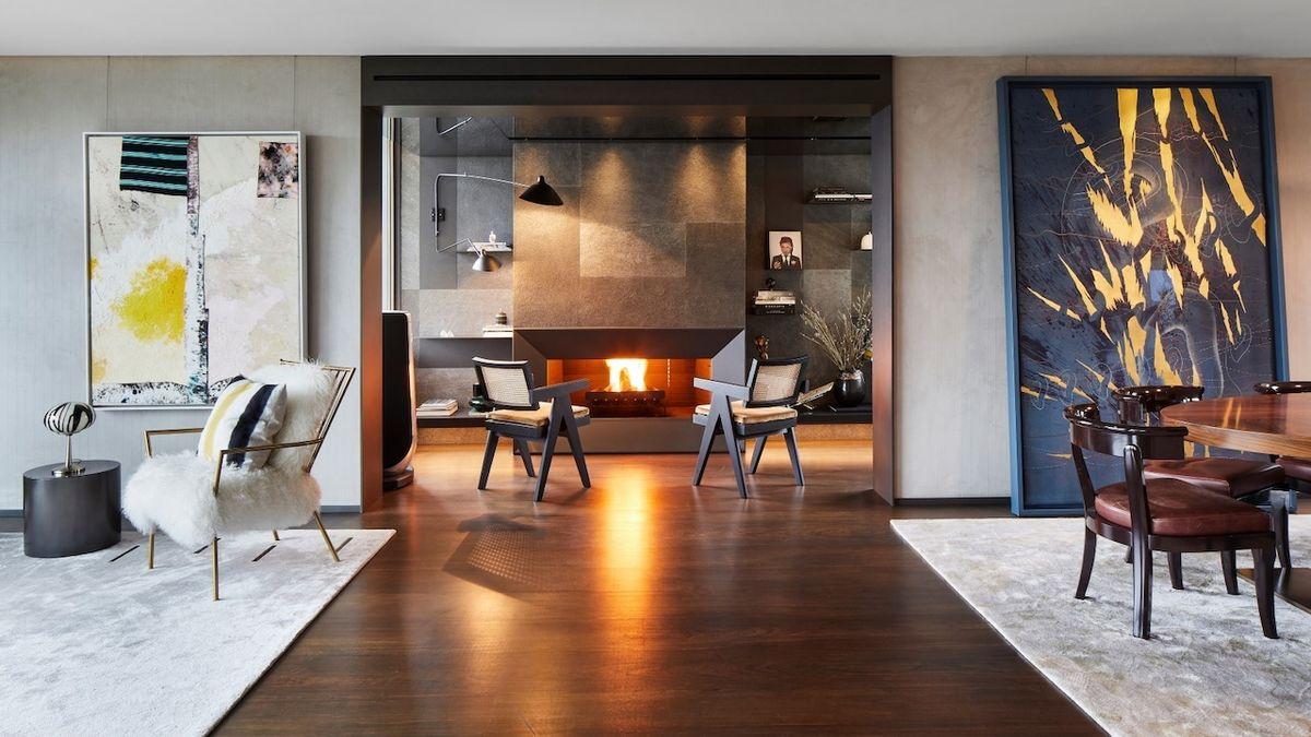 Nově přepracovaný interiér soukromé vily nabízí život mezi uměním