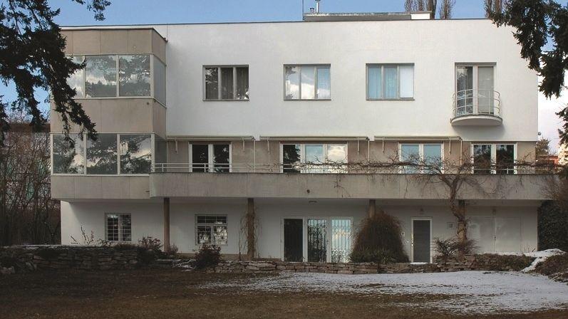 Brněnská Bassova vila je jednou z nejkrásnějších funkcionalistických staveb