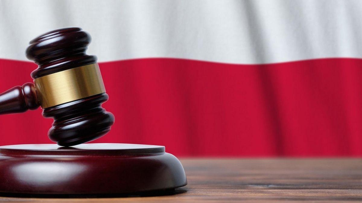 Polská justice se začíná bouřit