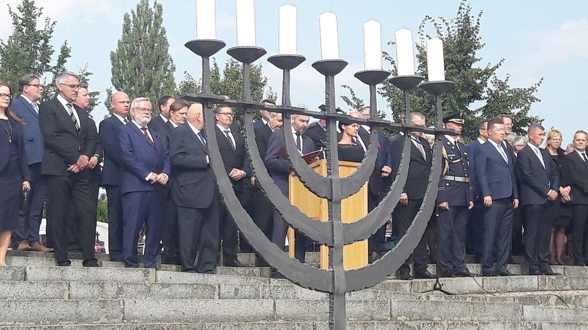 Lidé si v Terezíně připomněli zvěrstva nacismu