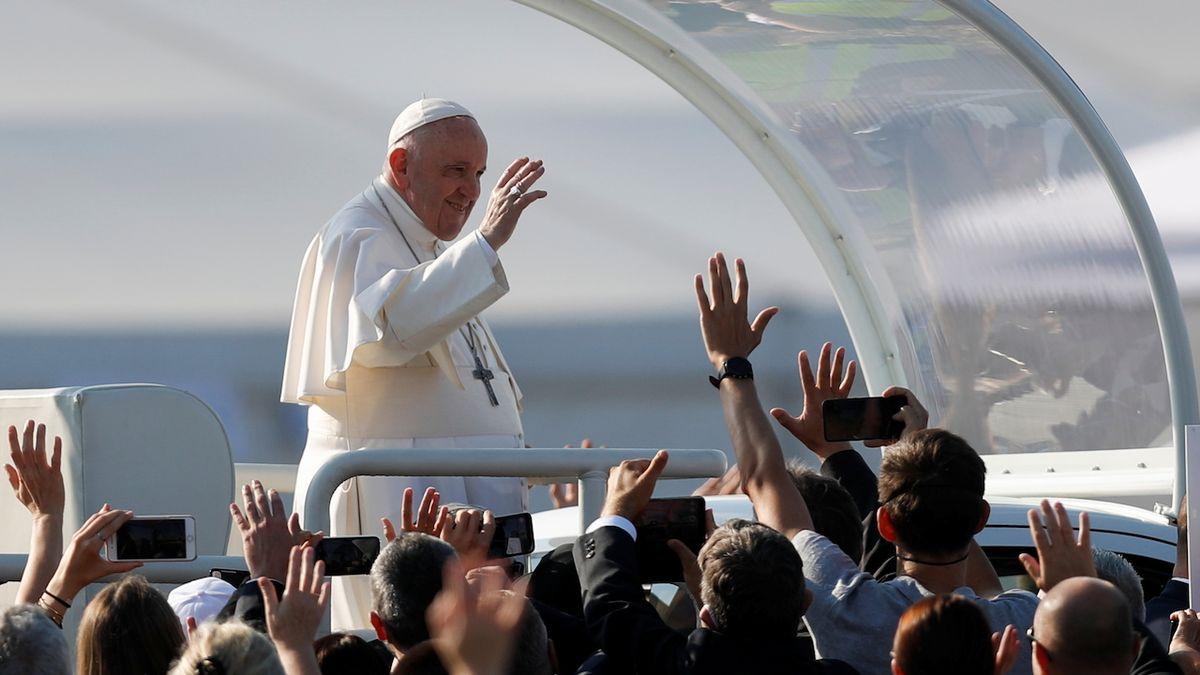 Papež: Nepřátelé si přáli mou smrt