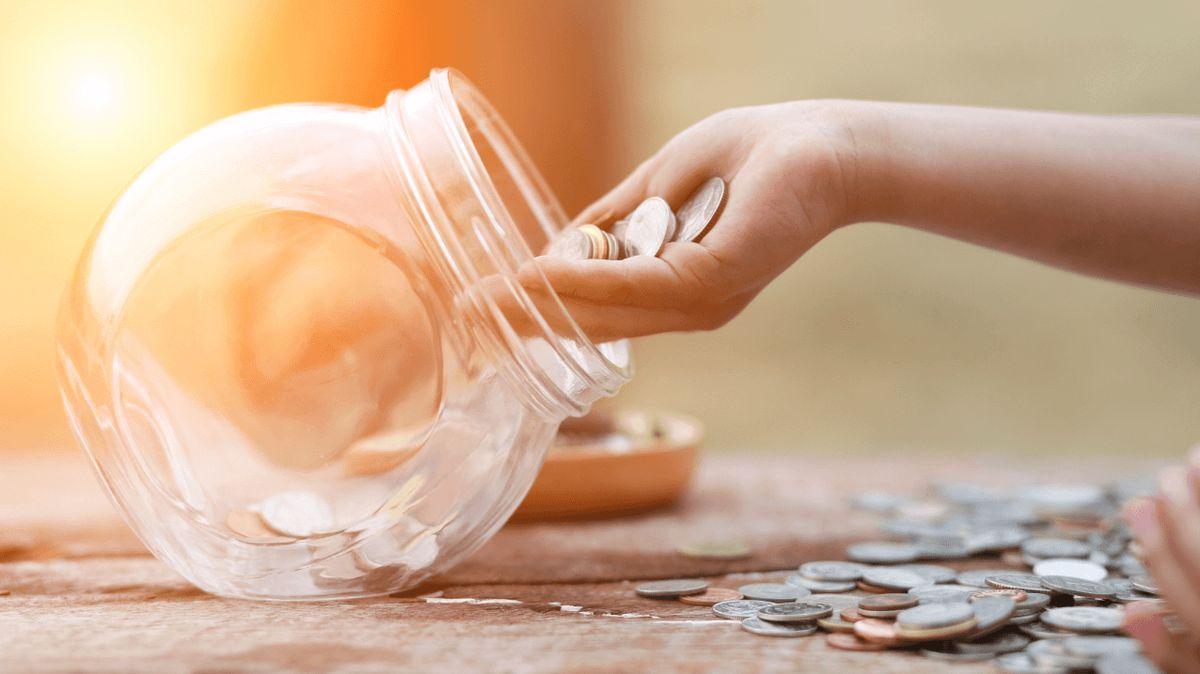 Jak naučit mladé postarat se osvé peníze? Pomůže studentský účet