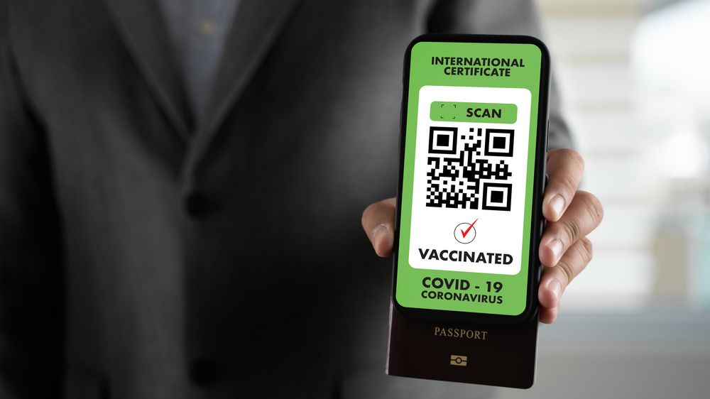 Povinné očkování a certifikát i při vstupu na pracoviště, zvažují Italové