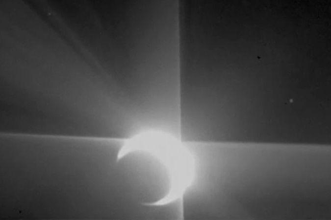 BEZ KOMENTÁŘE: Sonda zachytila záblesky Venuše