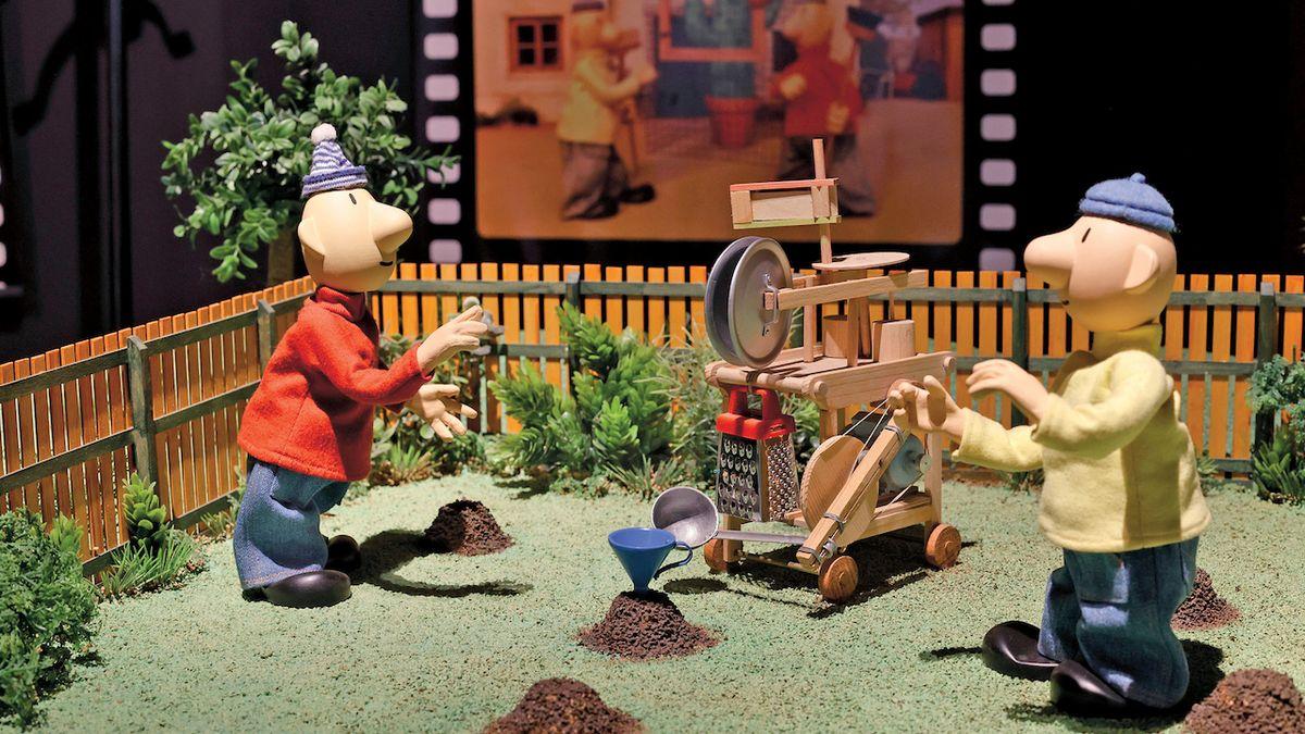 Pat a Mat na výstavě: Dvojice seriálových kutilů slaví výročí