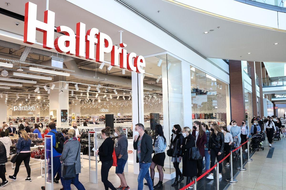 HalfPrice v Galerii Harfa