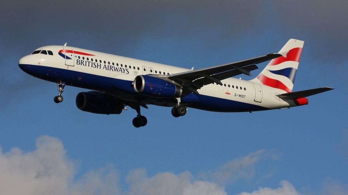 Tradiční oslovení už lidé na palubách letadel British Airways neuslyší.