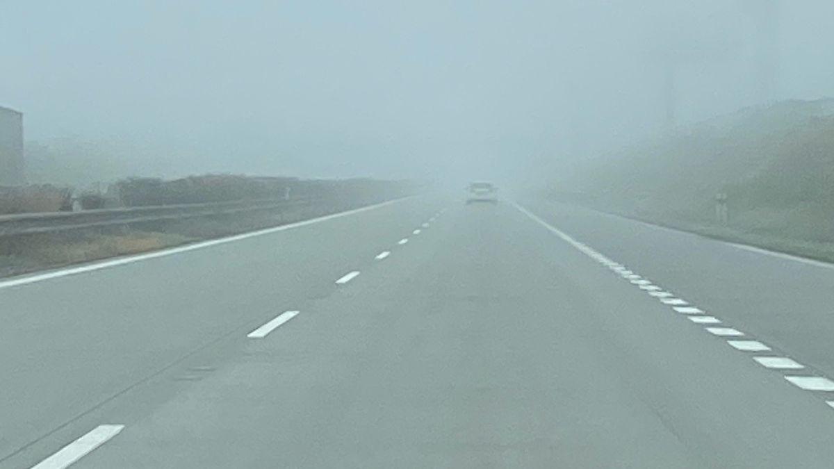Námraza a mlha komplikují dopravu