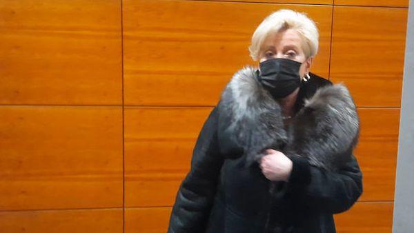 Ostravská žalobkyně se v práci silně opila, přijde o pětinu platu