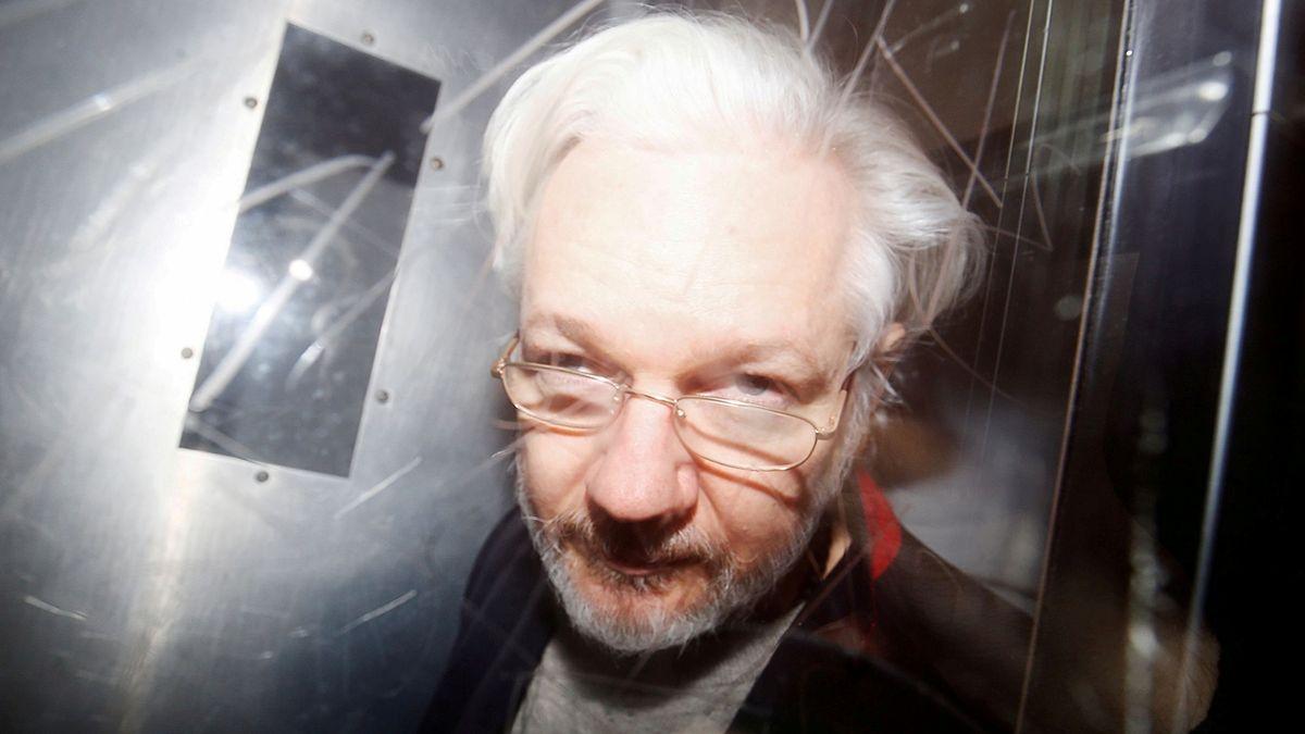 Londýnský soud odmítl propustit Assange na kauci