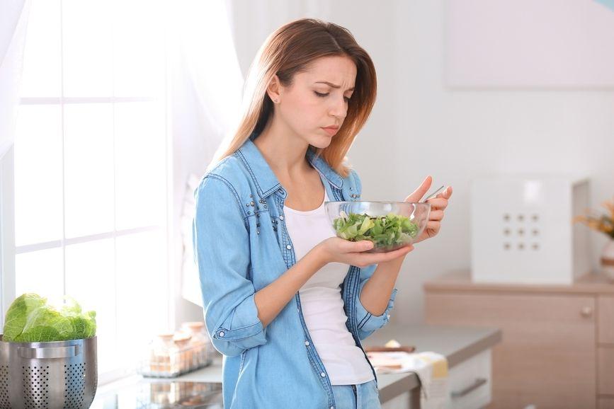 Omezení nebo vyloučení určitých potravin může vést k deficitu nutričních látek.