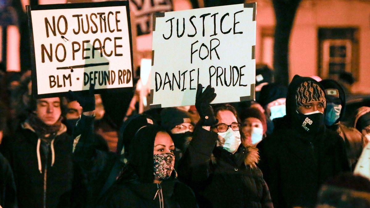 Policisté nebudou obviněni ze smrti černocha Perduea. Zemřel podobně jako Floyd