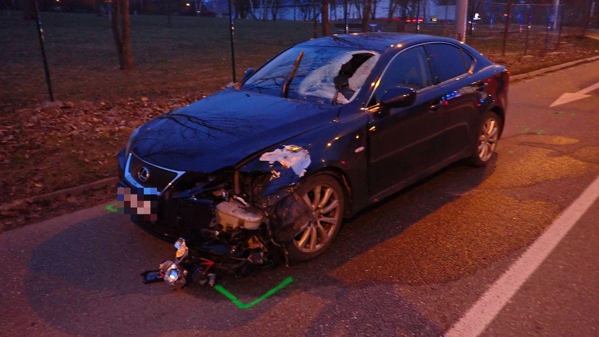Mladý chodec ve Zlíně nepřežil čelní střet s autem