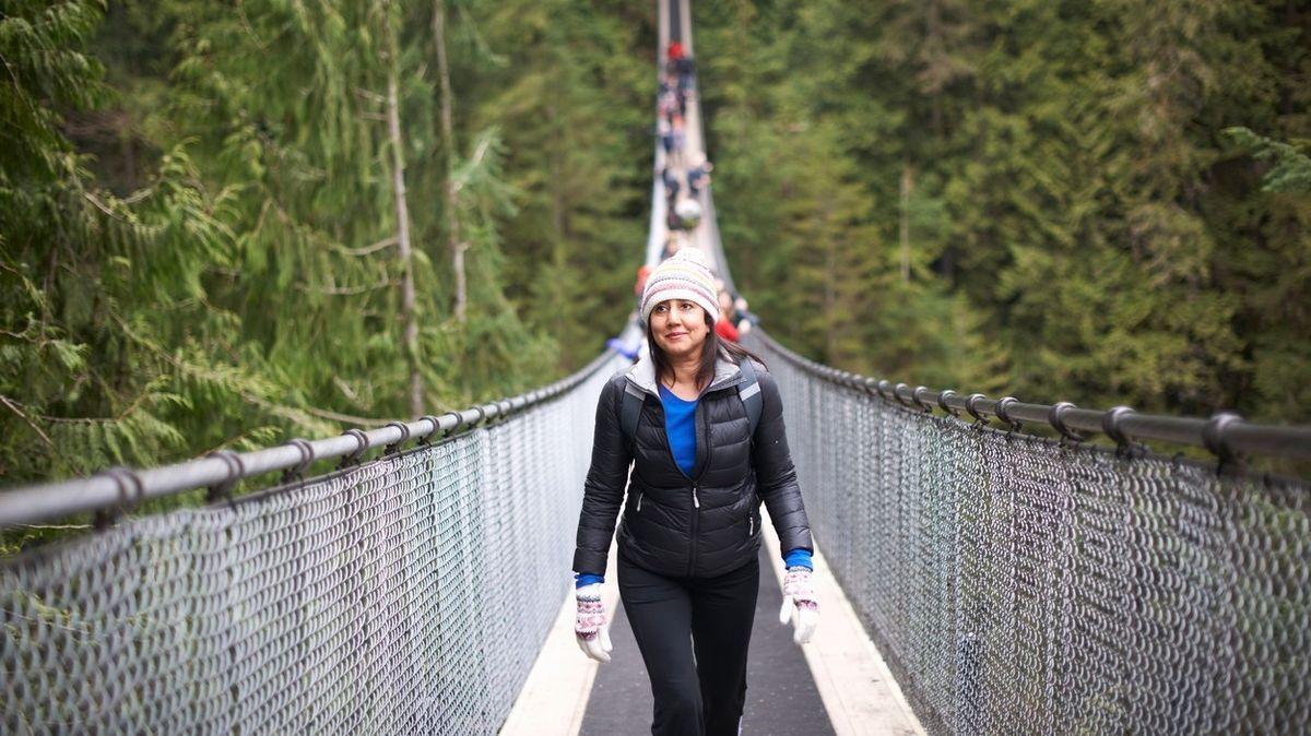 Jen pro odvážné. Kanada chystá otevření svého nejvyššího visutého mostu