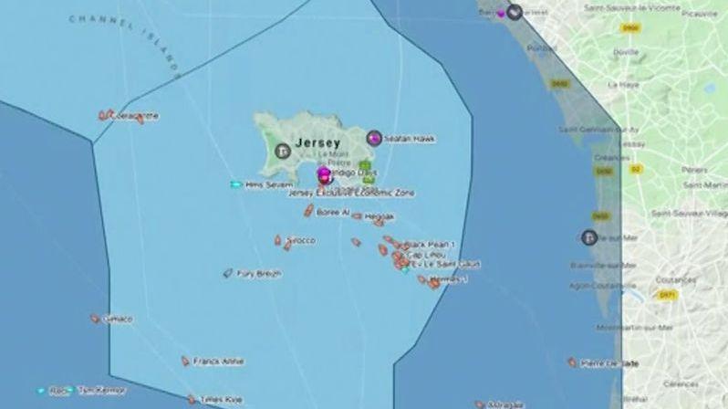 Británie s Francií ve válce o rybolov, k ostrovu Jersey míří lodě s děly a kulomety