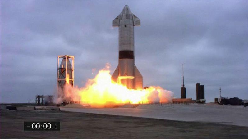 Prototyp rakety Starship má za sebou první úspěšný výškový let