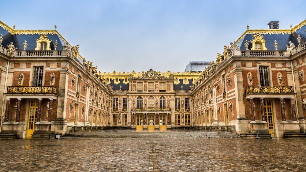 Na zámku ve Versailles otevřeli luxusní hotel