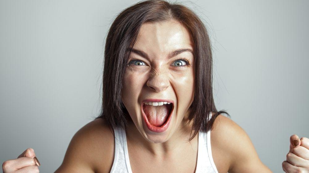 Potlačené emoce hrozí výbuchem