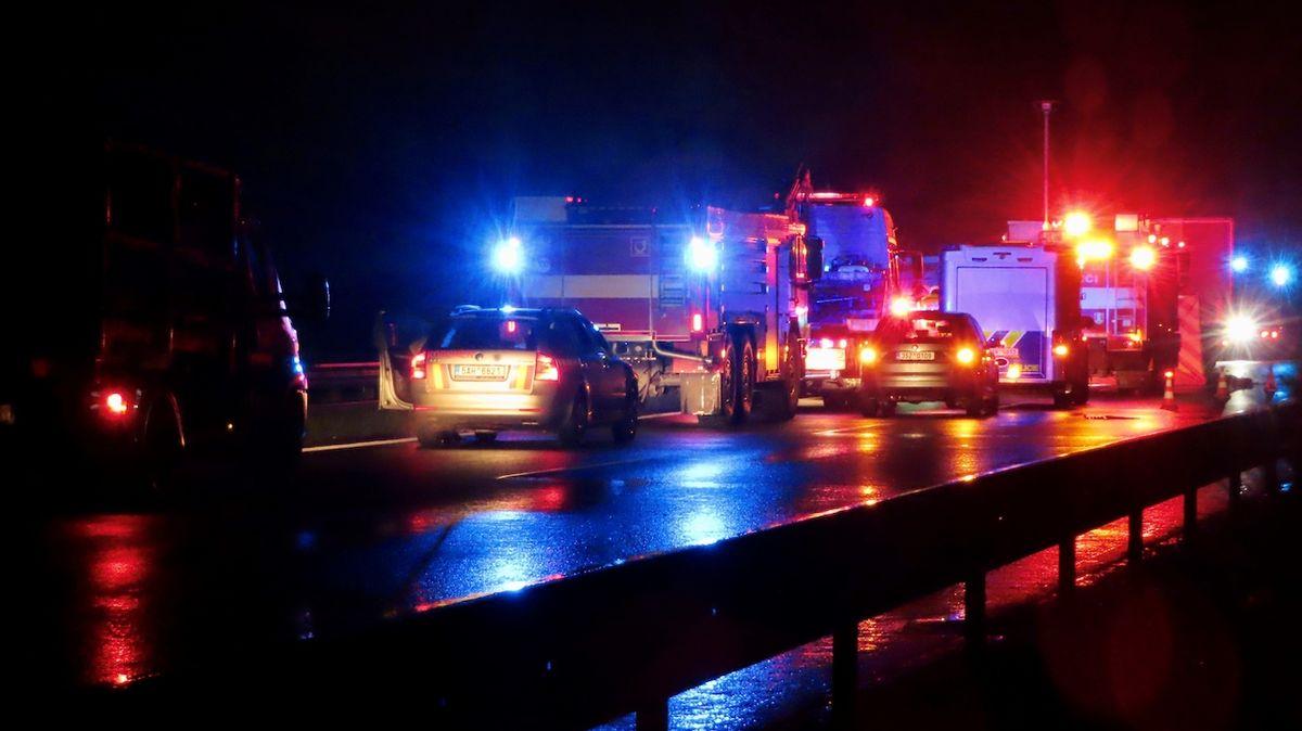 D11 se po havárii u Prahy otevřela po 10 hodinách, další smrtelná nehoda na 14. km