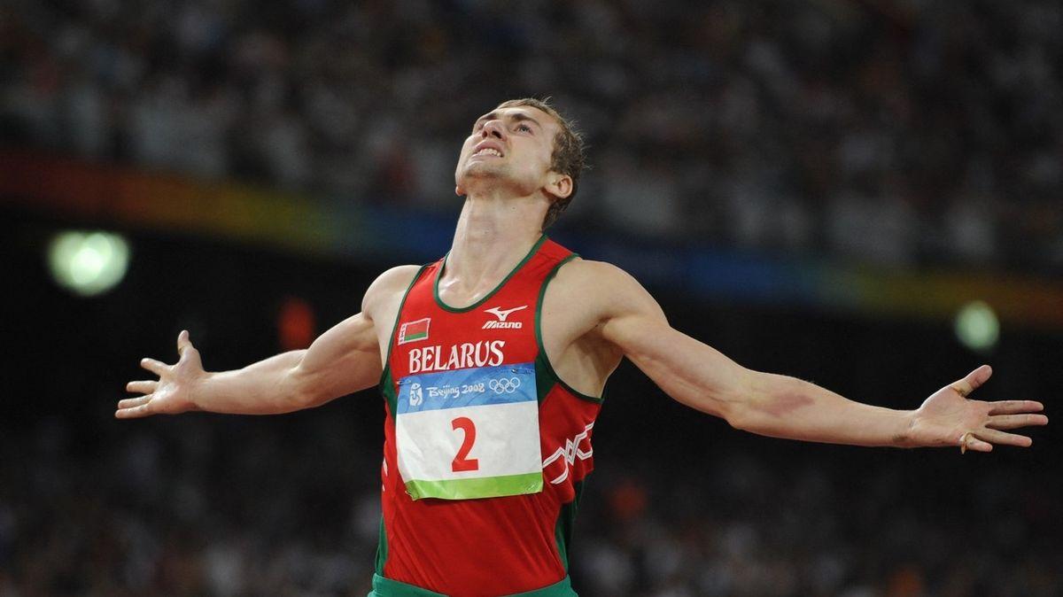 Exodus sportovců z Běloruska pokračuje. Nevrátí se ani olympijský medailista v desetiboji