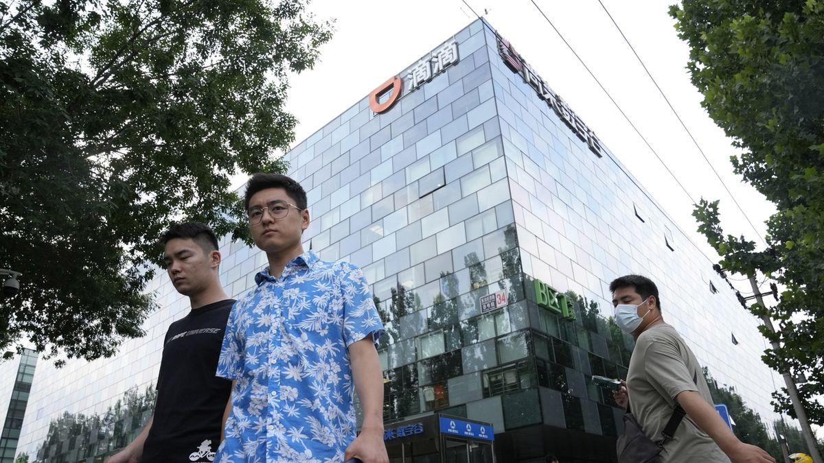 Trik čínských firem, jak získat peníze na mezinárodních trzích, ohrožuje investory