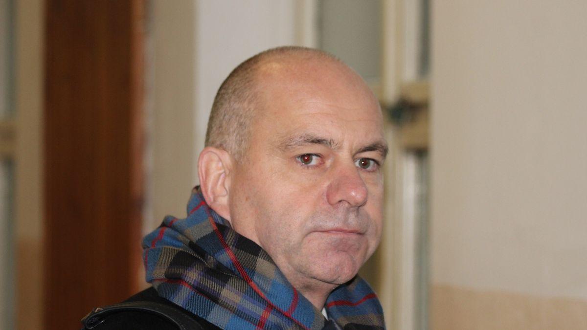 Lobbista Dědic neuspěl u Ústavního soudu, nelíbil se mu dohled a kauce