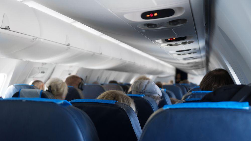 Nevychovaní cestující ohrožují bezpečnost letu, vzkázal americký úřad