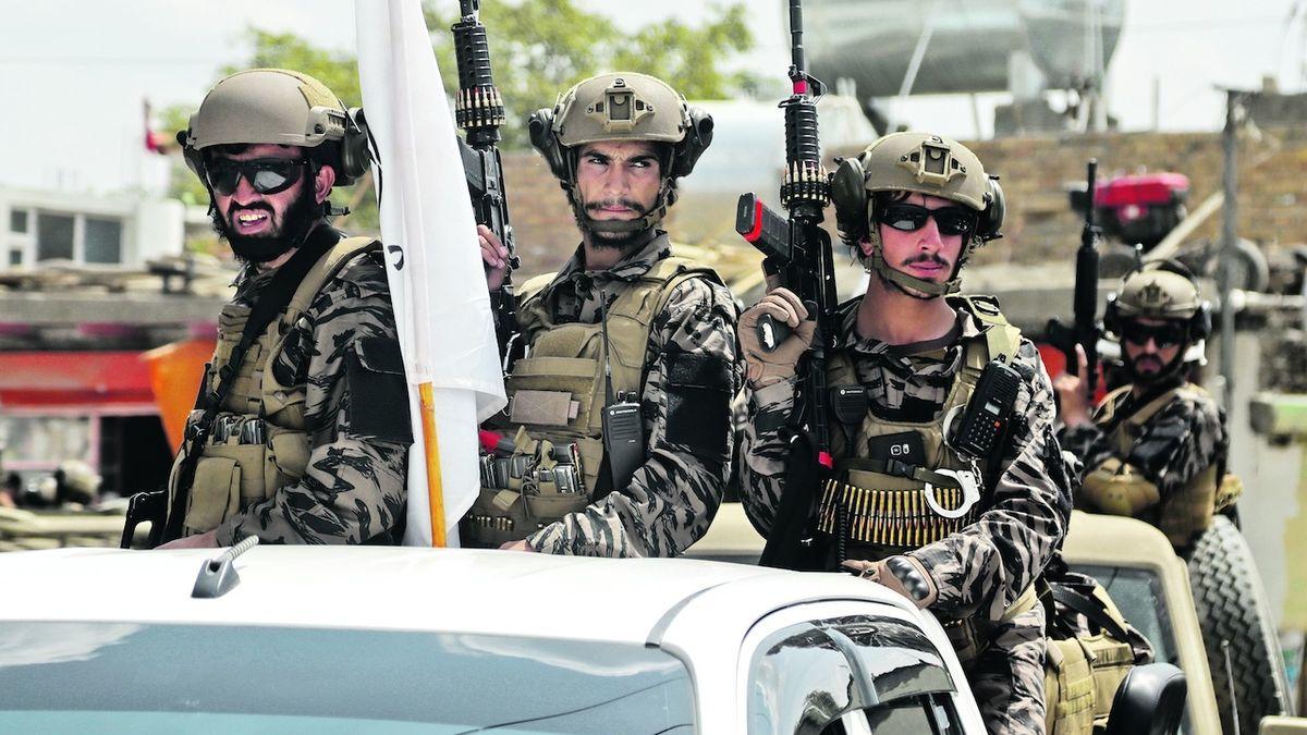 Badri 313: nová síla se uvedla ostrahou letiště