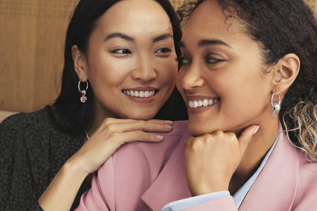 Kolekce Pandora Moments přináší nové způsoby nošení přívěsků