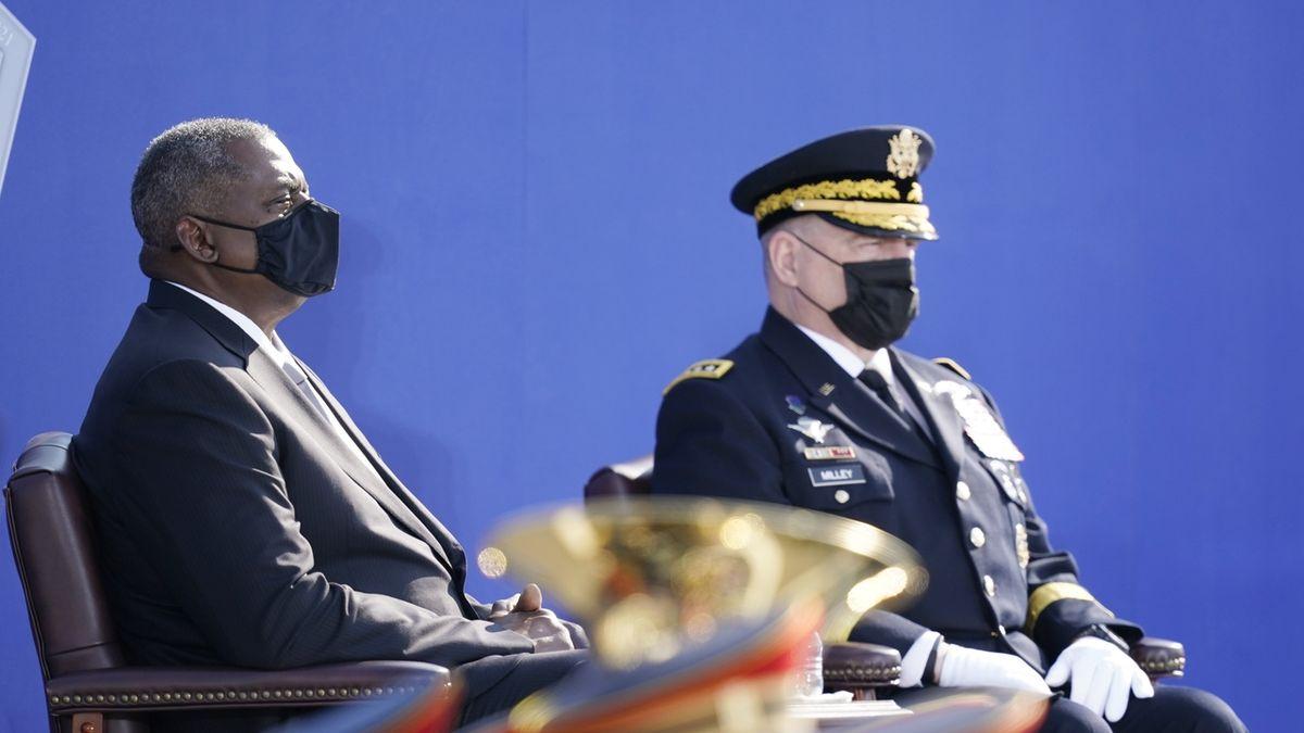 Tajné telefonáty nejvyššího amerického generála do Číny kvůli odvrácení války byly v pořádku, míní Pentagon i Biden