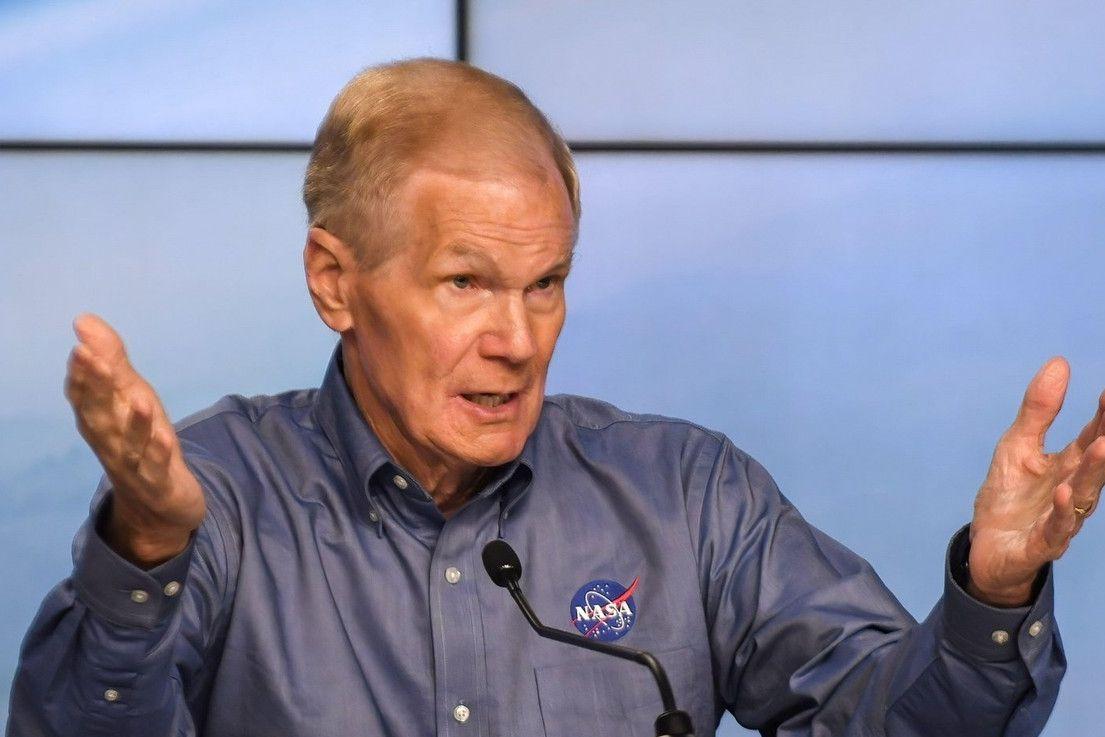 Současný šéf NASA Bill Nelson, bývalý senátor a astronaut
