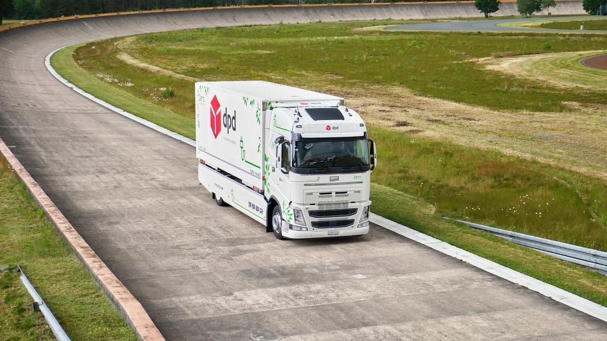 Elektrické Volvo FH při rekordní jízdě