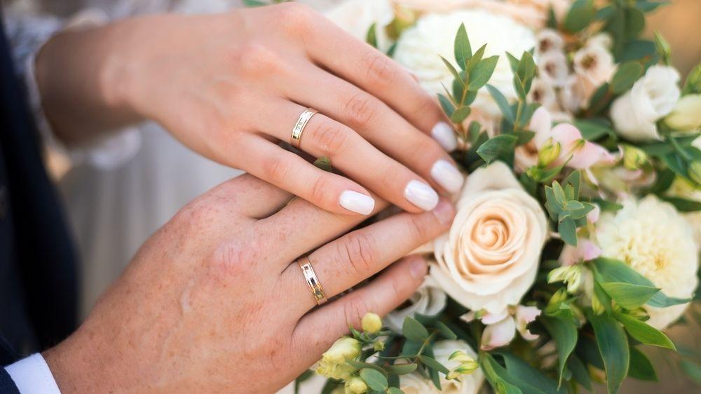 Jaký je ideální věk na vdávání a ženění? Odborníci mají jasno