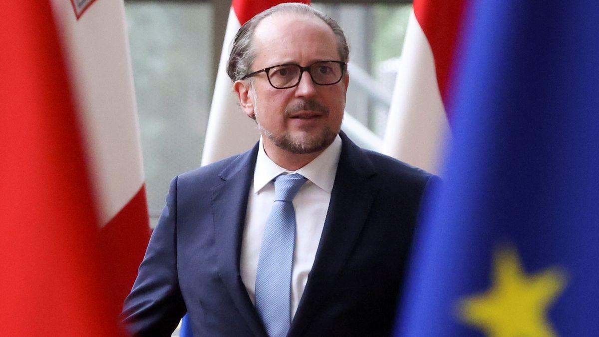 Rakousko je krok od zavedení povinných covidových pasů u zaměstnanců