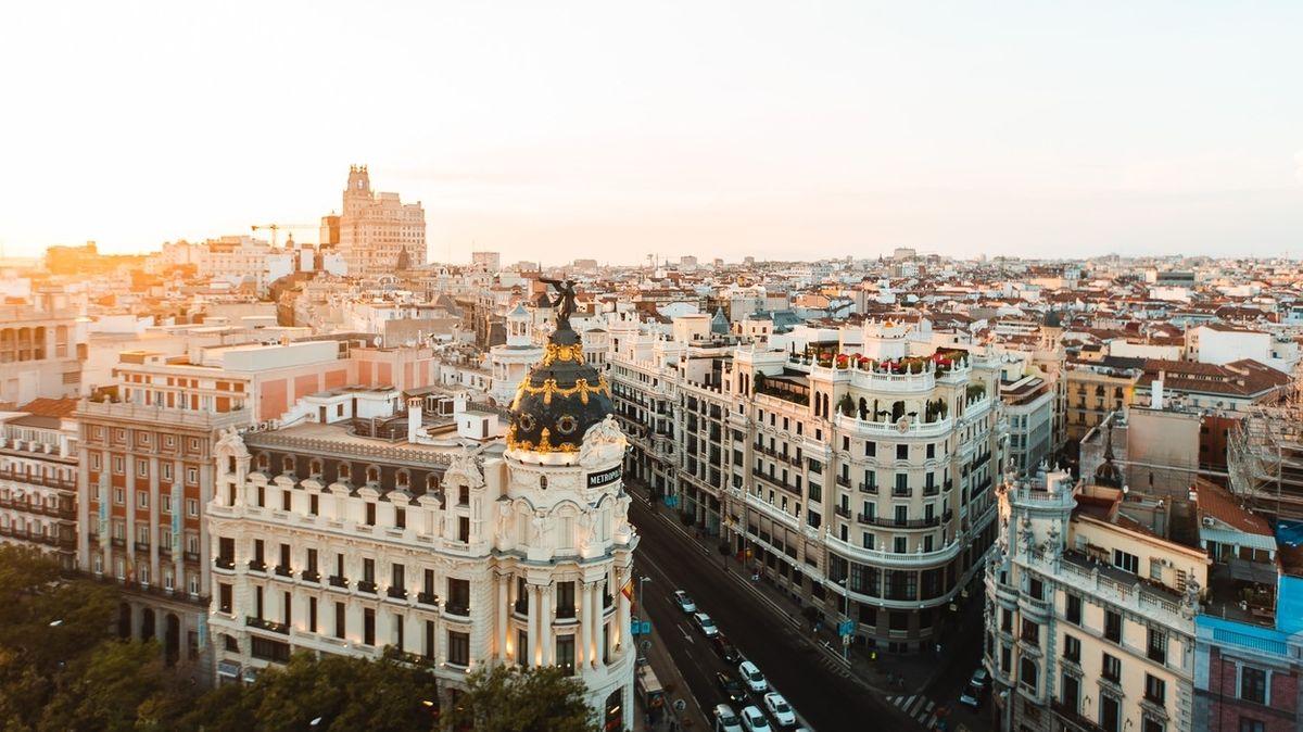 Španělsko bude pro vstup do země uznávat i rychlejší testy