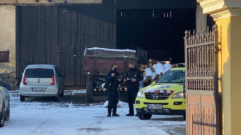 Při požáru v rodinném domě v Praze zemřela žena