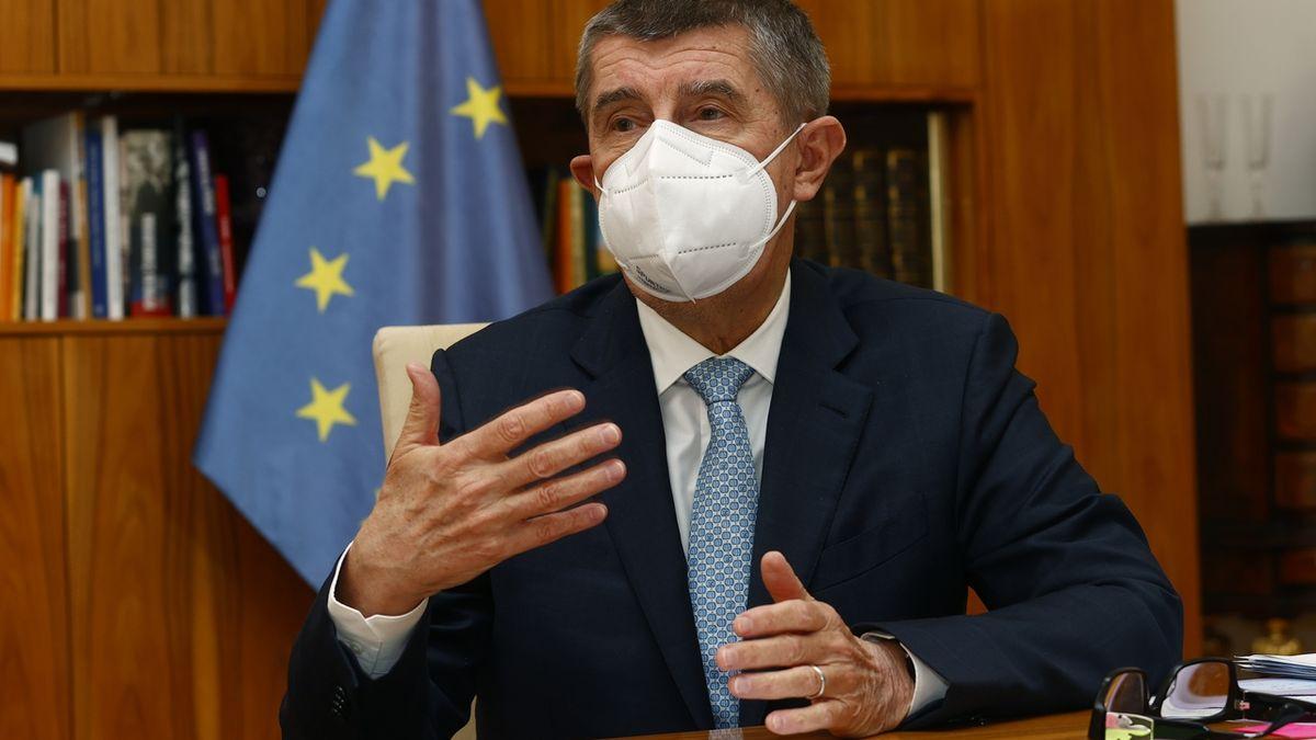 Česko nemá důvod žádat kvůli covidu o pomoc zahraničí, vzkázal Babiš lidovcům
