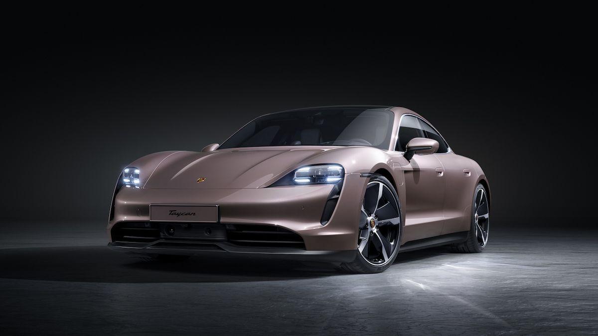 Porsche ukázalo základní verzi Taycanu, první s pohonem zadních kol