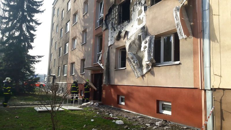 Za výbuchem domu v Ostravě je zřejmě varna drog. Policie má podezřelého