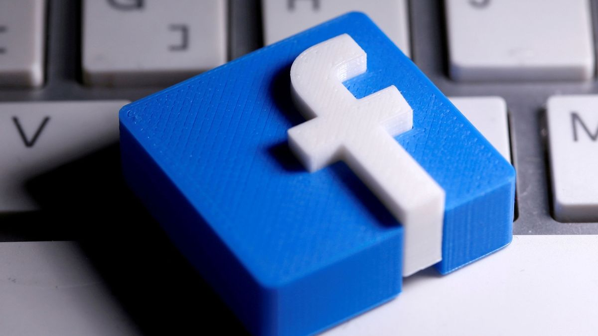 Při výpadku internetu a sociálních sítí narostl počet SMS až o 400 procent