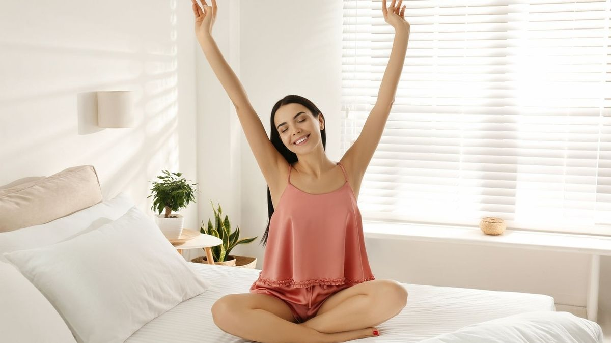 Kolik hlubokého a lehkého spánku je potřeba pro svěží rána plná energie