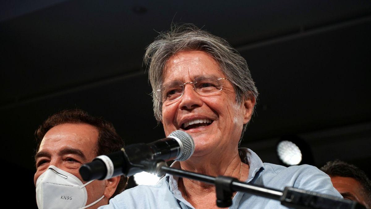 Ekvádorské prezidentské volby vyhrál pravicový ekonom Guillermo Lasso